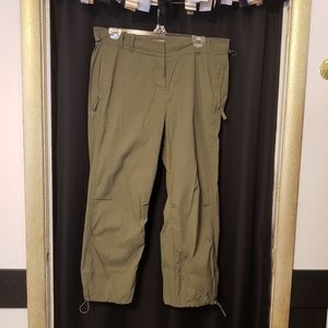 Olive green j.jill adjustable capri wind pants